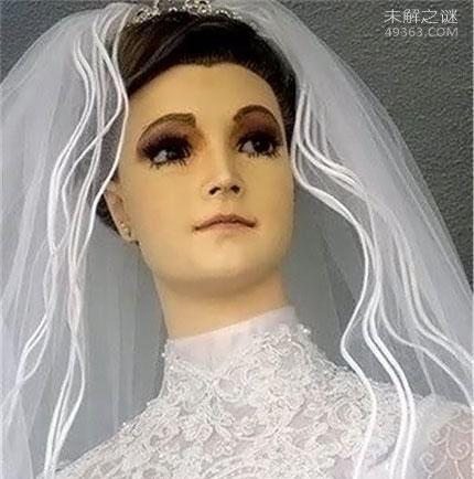 帕斯卡拉,墨西哥婚纱店的干尸模特(立在橱窗75年)