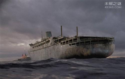 """恐怖""""幽灵船""""之谜:无人驾驶在大西洋上漂流多年为何不沉?"""