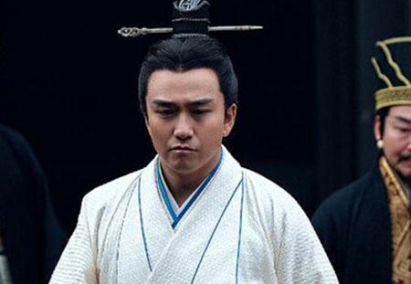 杨修之死:曹操死之前为什么杀杨修而不是杀司马懿?